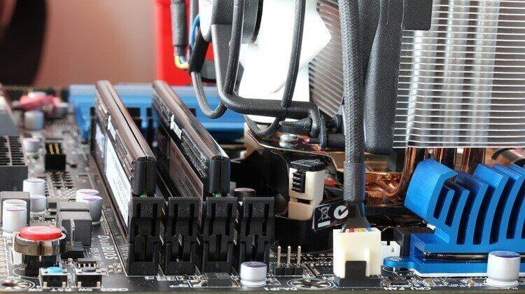 best motherboard for i7 7700k
