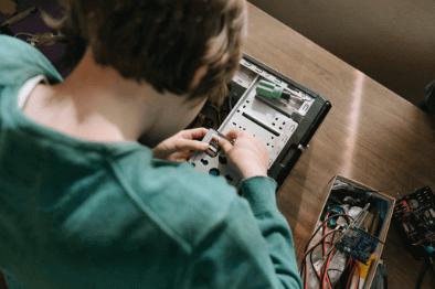 Disassembling motherboard